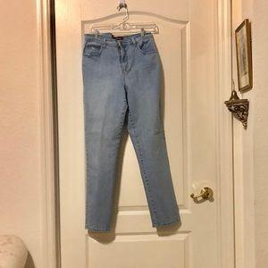 Gloria Vanderbilt stretchy jeans light blue